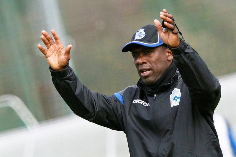 epa06500359 Deportivo La Coruna's new Dutch head coach Clarence Seedorf leads his first training session in A Coruna, northwestern Spain, 06 February 2018. Seedorf has signed a contract with the Spanish Primera Division soccer club until the end of the current season, replacing Cristobal Parralo, who was sacked on 04 February 2018.  EPA/CABALAR