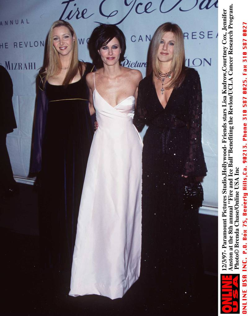 379123 01: 12/3/97- Paramount Pictures Studio, Hollywood- Lisa Kudrow, Courteney Cox, Jennifer Aniston at the 8th annual Fire and Ice Ball Benefiting the Revlon/UCLA Women's Cancer Research.