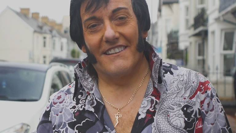 An image that illustrates this article Viva Porthcawl - Elvis look-a-likes descend on Welsh seaside town