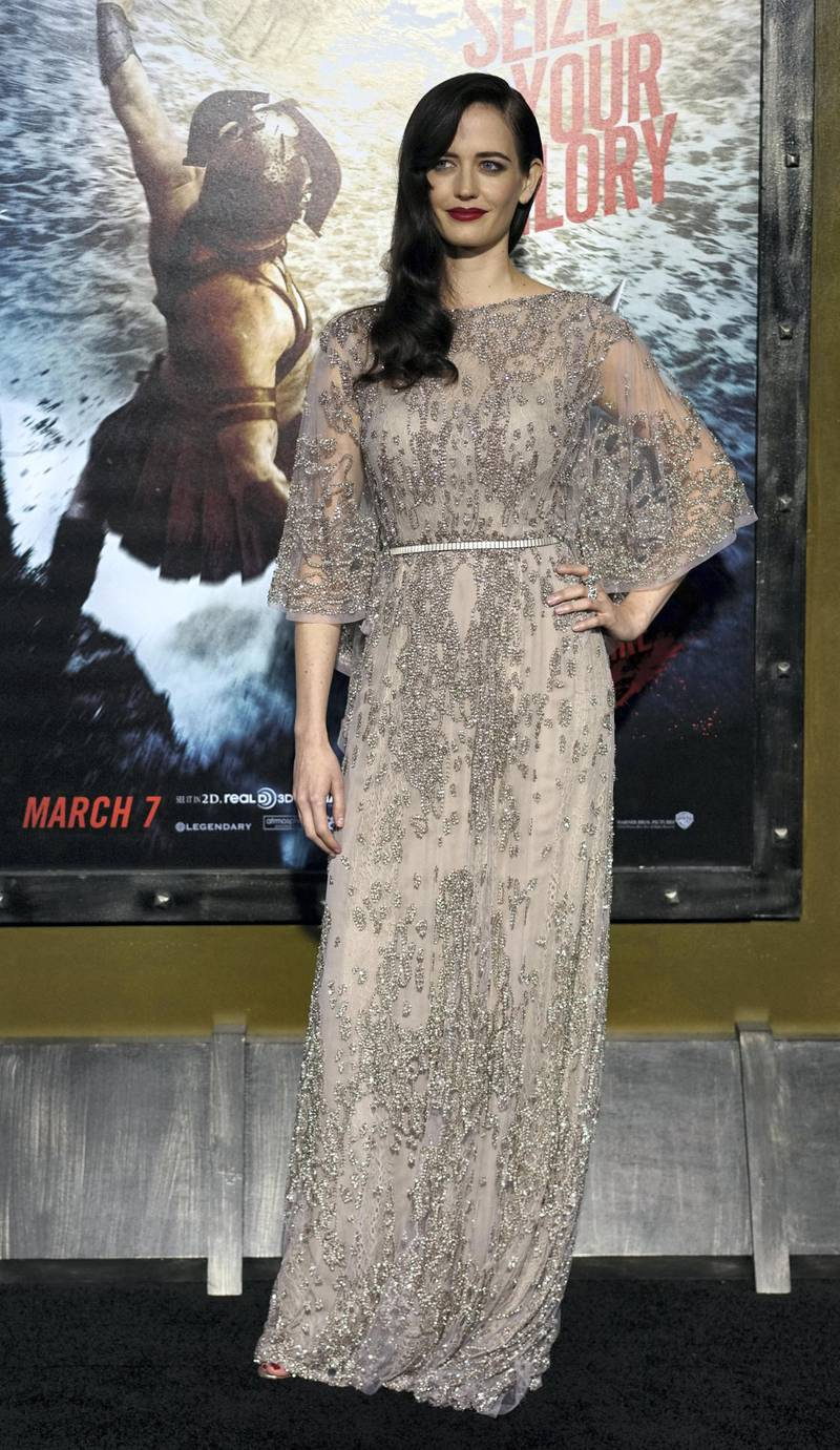 Actress Eva Green attends the premiere of Warner Bros. Pictures and Legendary Pictures' '300: Rise Of An Empire' at TCL Chinese Theatre on March 4, 2014 in Hollywood, California.    AFP PHOTO / Joe KLAMAR (Photo by JOE KLAMAR / AFP)