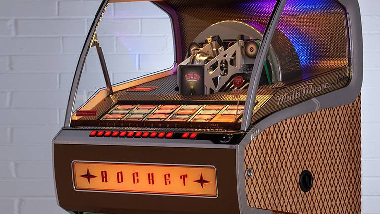 An image that illustrates this article Why jukeboxes are making a comeback