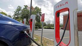 Tesla to offer car insurance in the United States