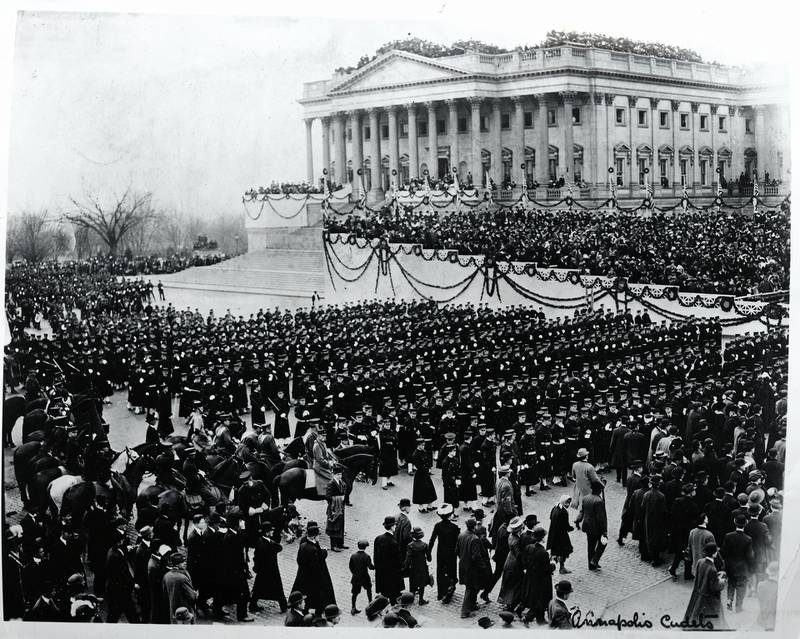 (Original Caption) 1913- Washington, DC: General view of the crowds at Washinton, DC for the inauguration of President Woodrow Wilson.