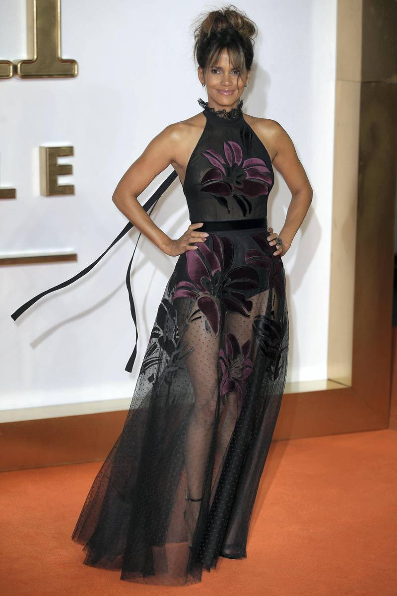 US actress Halle Berry poses upon arrival for the World premiere of Matthew Vaughn's 'Kingsman:The Golden Circle' in London on September 18, 2017. (Photo by Daniel LEAL-OLIVAS / AFP)