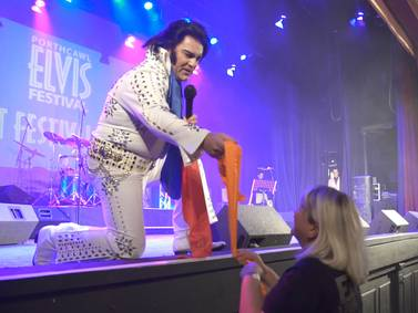 Elvis tribute acts - in pictures