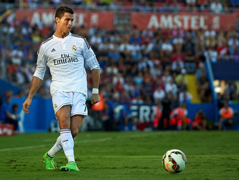 VALENCIA, SPAIN - OCTOBER 18:  Cristiano Ronaldo of Real Madrid in action during the La Liga match between Levante UD and Real Madrid at Ciutat de Valencia on October 18, 2014 in Valencia, Spain.  (Photo by Manuel Queimadelos Alonso/Getty Images)