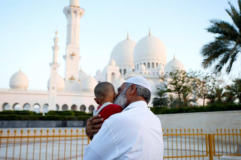 Abu Dhabi, United Arab Emirates, May 26, 2017: Moon sighting at the Grand Mosque and pre-ramadan preperation on Friday, May. 26, 2017, at Sheikh Zayed Grand Mosque in Abu Dhabi. Chris Whiteoak for The National *** Local Caption ***  CW_2605_PreRamadan_22.JPG