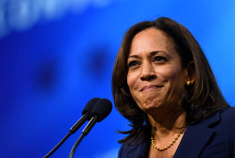 FILE PHOTO: Democratic 2020 U.S. presidential candidate and U.S. Senator Kamala Harris (D-CA) takes the stage at the New Hampshire Democratic Party state convention in Manchester, New Hampshire, U.S. September 7, 2019.      REUTERS/Gretchen Ertl/File Photo