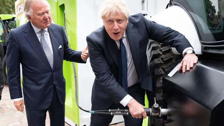 An image that illustrates this article Billionaire Bamford family at the heart of Boris Johnson's hydrogen push