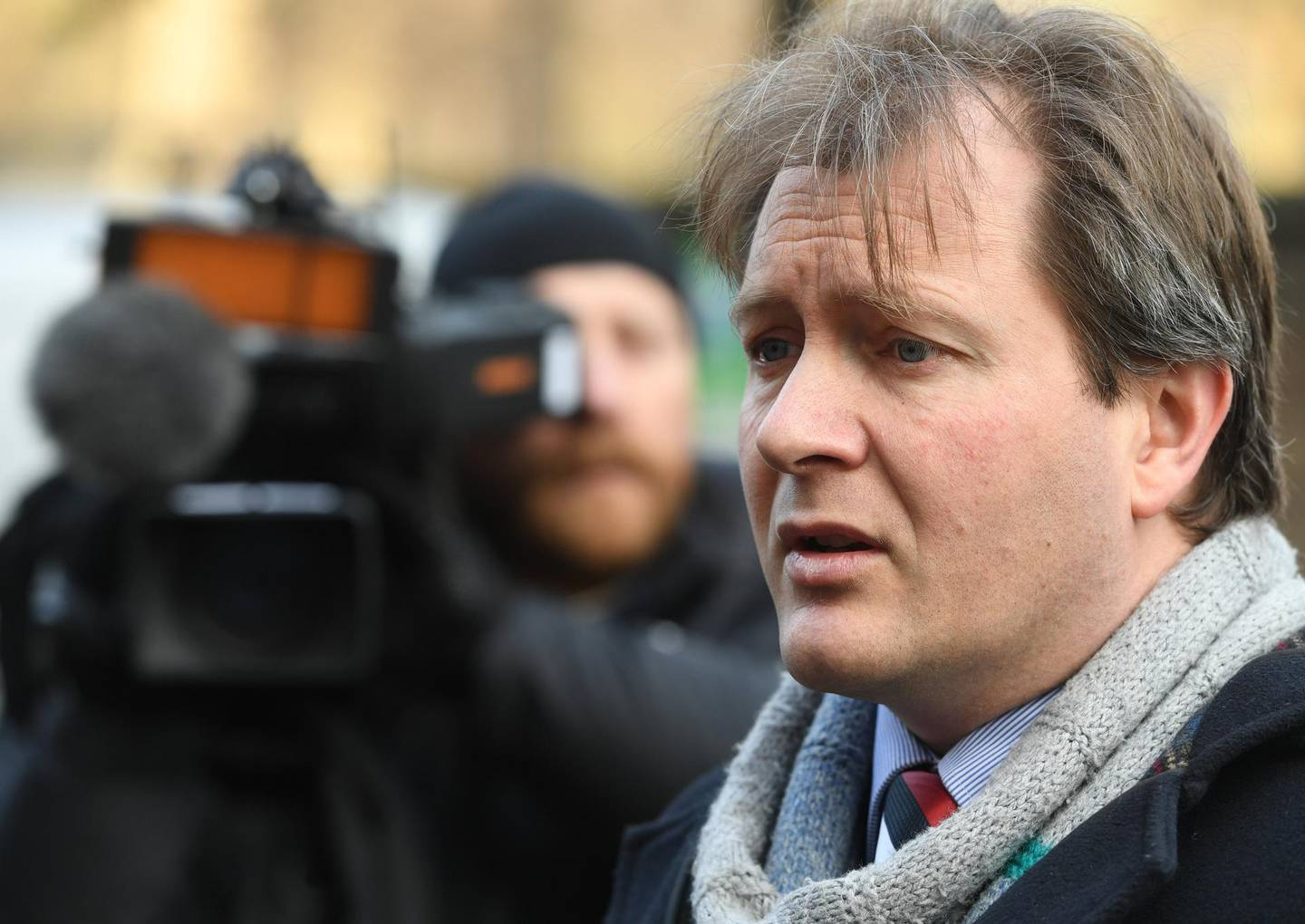 epa06549811 Richard Ratcliffe, the husband of the jailed UK-Iranian woman Nazanin Zaghari-Ratcliffe, arrives to speak to reporters before delivering a letter to the Iranian Embassy in Knightsbridge, London, Britain, 21 February 2018. Nazanin Zaghari-Ratcliffe was arrested in Iran on spying charges in April 2016.  EPA/FACUNDO ARRIZABALAGA