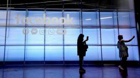 Facebook's UK market share drops by a quarter over privacy concerns