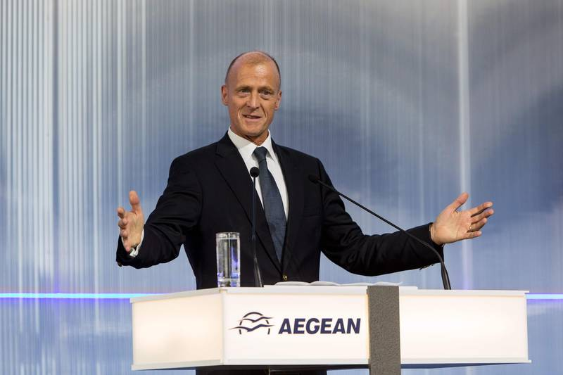 Airbus CEO Tom Enders makes a speech during the official signing of purchase agreement by Greek airline Aegean for an order of up to 42 new generation aircraft of the A320neo family, during a public ceremony at Athens International Airport on June 22, 2018. / AFP / Angelos CHRISTOFILOPOULOS