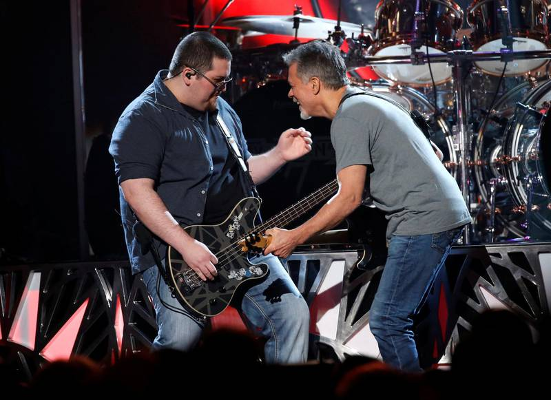 """Wolfgang Van Halen performs """"Panama"""" with his father Eddie Valen Halen (R) at the 2015 Billboard Music Awards in Las Vegas, Nevada May 17, 2015.  REUTERS/Mario Anzuoni"""