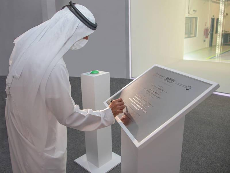 Sheikh Ahmed bin Saeed Al Maktoum, Chairman of the Dubai Supreme Council of Energy and Chairman of the Expo 2020 Dubai Higher Committee, has inaugurated the Green Hydrogen project at the Mohammed bin Rashid Al Maktoum Solar Park in Dubai, marking a new achievement for the emirate as a leader in renewable energy. Courtesy Dubai Media Office