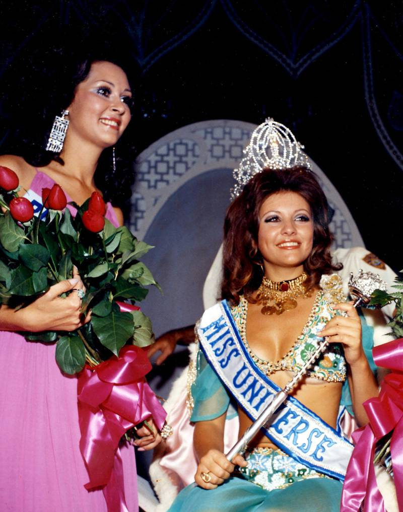 Miss Puerto Rico 1970 and Georgia Risk, MISS UNIVERSE 1971 from Lebanon. Courtesy Miss Universe