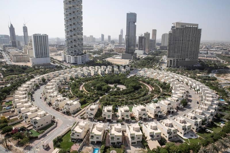 DUBAI UNITED ARAB EMIRATES. 12 NOVEMBER 2020. Community guide: Jumeirah Village Circle.  The cetral sircular design of JVC. (Photo: Antonie Robertson/The National) Journalist: Sarwat Nasir. Section: Business.
