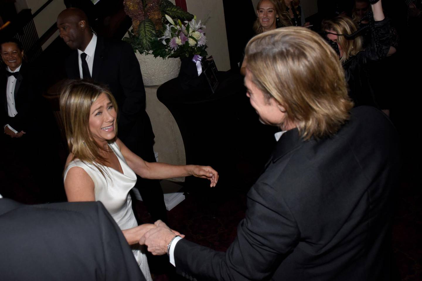LOS ANGELES, CALIFORNIA - JANUARY 19: (EXCLUSIVE COVERAGE) Brad Pitt and Jennifer Aniston attend the 26th Annual Screen Actors Guild Awards at The Shrine Auditorium on January 19, 2020 in Los Angeles, California.   Vivien Killilea/Getty Images for SAG-AFTRA Foundation/AFP