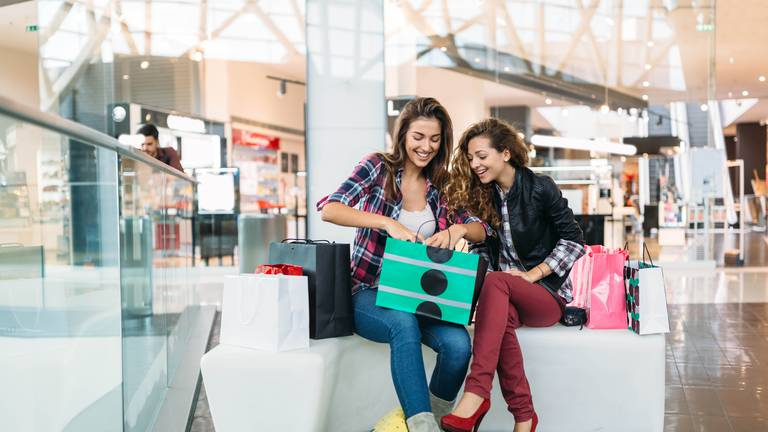 An image that illustrates this article Does scent keep you in the mall for longer? The link between aroma and retail therapy