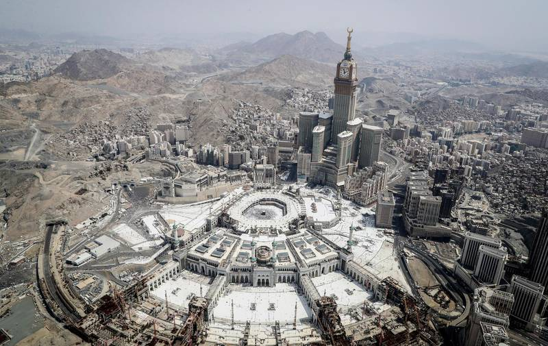 epaselect epa06178940 An aerial view of the holy Kaaba and the Grand Mosque compound during the Hajj pilgrimage in Mecca, Saudi Arabia, 02 September 2017. Around 2.6 million muslim are expected to attend this year's Hajj pilgrimage, which is highlighted by the Day of Arafah, one day prior to Eid al-Adha. Eid al-Adha is the holiest of the two Muslims holidays celebrated each year, it marks the yearly Muslim pilgrimage (Hajj) to visit Mecca, the holiest place in Islam. Muslims slaughter a sacrificial animal and split the meat into three parts, one for the family, one for friends and relatives, and one for the poor and needy.  EPA/MAST IRHAM