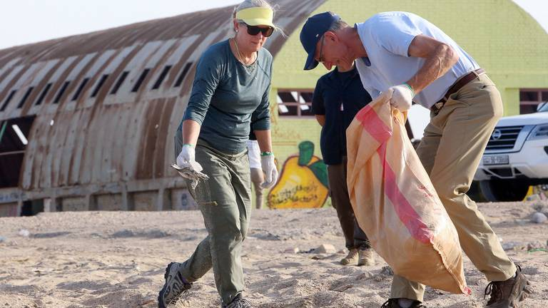 An image that illustrates this article US ambassador to Kuwait joins beach clean-ups