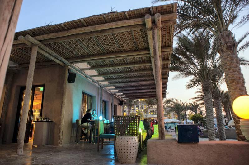 ABU DHABI, UNITED ARAB EMIRATES - 2013/10/26: The Turquoiz Bar at the St. Regis Saadiyat Island in Abu Dhabi. (Photo by Leisa Tyler/LightRocket via Getty Images)