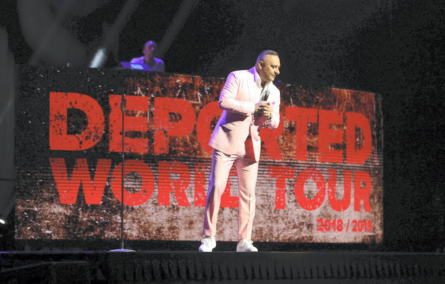 DUBAI ,  UNITED ARAB EMIRATES , JUNE 06 – 2019 :- Russell Peters , stand-up comedian and actor performing at the new Coca Cola Arena, City Walk in Dubai. ( Pawan Singh / The National ) For News/Online/Instagram