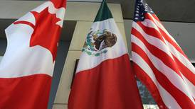 US extends travel curbs at Canada and Mexico land borders