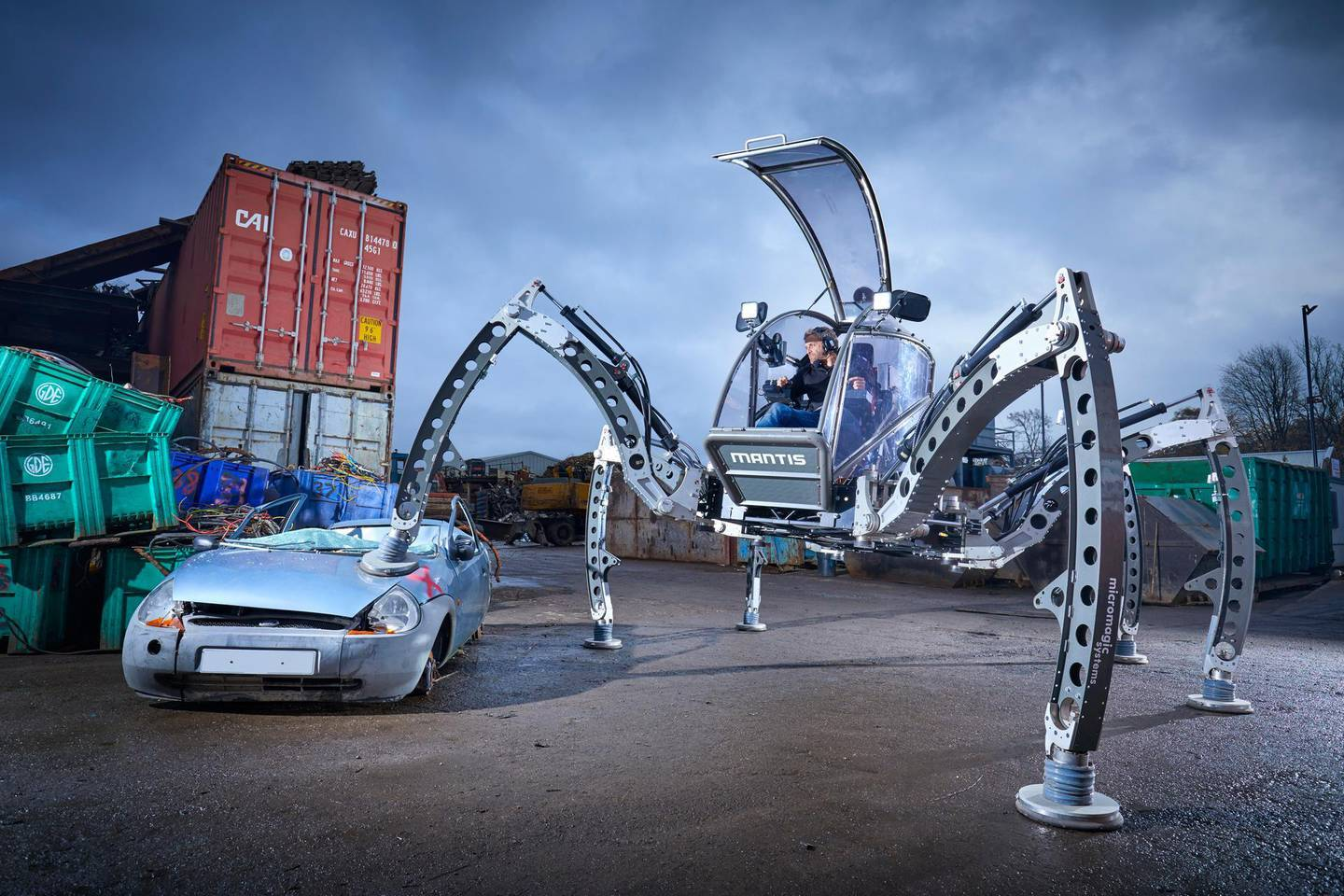 Mantis - Largest Rideable Hexapod Guinness World Records 2020 Photo Credit: Paul Michael Hughes/Guinness World Records