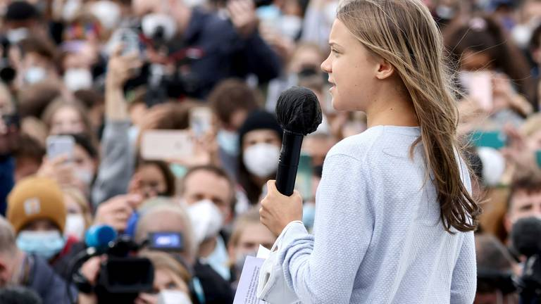 An image that illustrates this article Greta Thunberg invites striking workers to join Glasgow Cop26 protest
