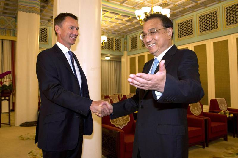 BEIJING, CHINA - JULY 30:  Chinese Premier Li Keqiang meets with Britain's Foreign Minister Jeremy Hunt before a meeting at the Zhongnanhai leadership compound on July 30, 2018 in Beijing, China. (Photo by Ng Han Guan - Pool/ Getty Images)