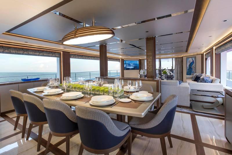 Majesty 140 - Interior - Dining Area. Courtesy: Seven Media