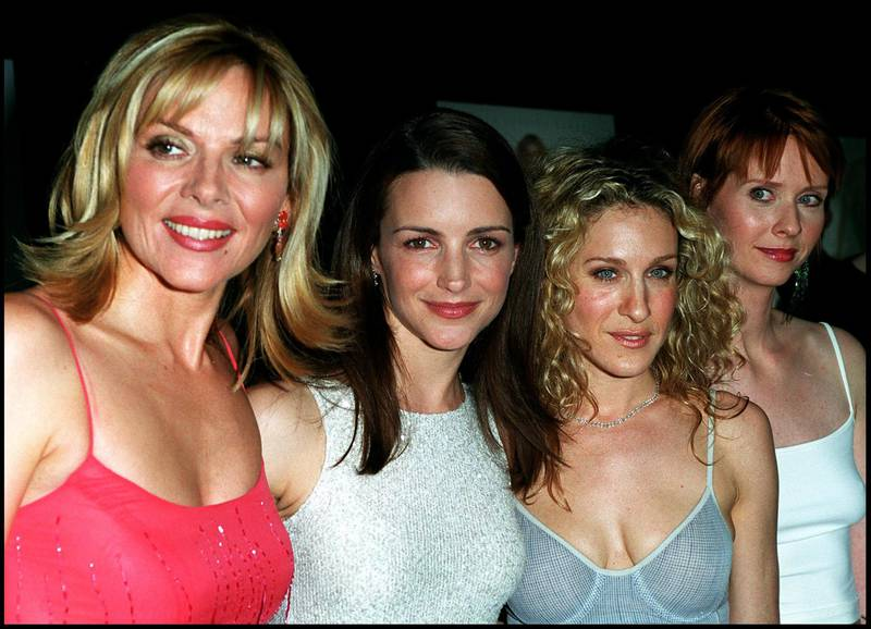 """370364 06: Cast members Kim cattrall, Kristin Davis, Sarah Jessica Parker and Cynthia Nixon attend the west coast premiere of the third season of """"Sex and the City"""" June 1, 2000 at the Directors Guild on Sunset Boulevard in Los Angeles. (Photo by Dan Callister/Liaison/Getty Images)"""