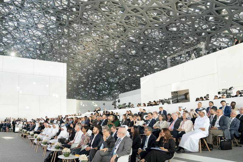 SAADIYAT ISLAND, ABU DHABI, UNITED ARAB EMIRATES - November 19, 2019: Dignitaries and guests attend the Reaching the Last Mile Forum, at the Louvre Abu Dhabi.  ( Mohamed Al Hammadi / Ministry of Presidential Affairs ) ---