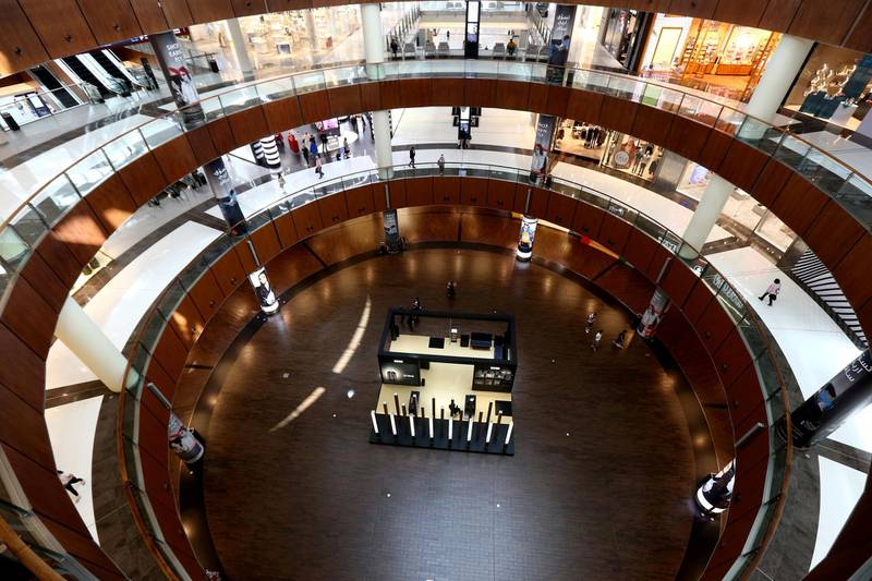 FILE PHOTO: A view shows the Dubai mall almost empty of customers, as precaution amid the outbreak of coronavirus, in Dubai, United Arab Emirates, March 16, 2020. Picture taken March 16, 2020. REUTERS/Satish Kumar/File Photo