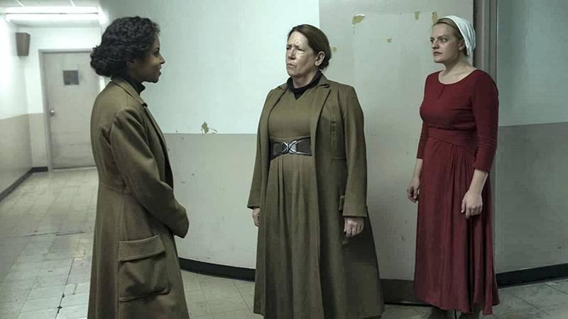 Elisabeth Moss, Ann Dowd, and Ipsita Paul in The Handmaid's Tale (2017) IDMb