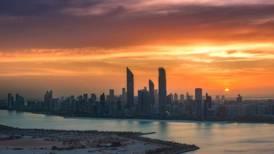 Timelapse showcases the treasures of Abu Dhabi - video