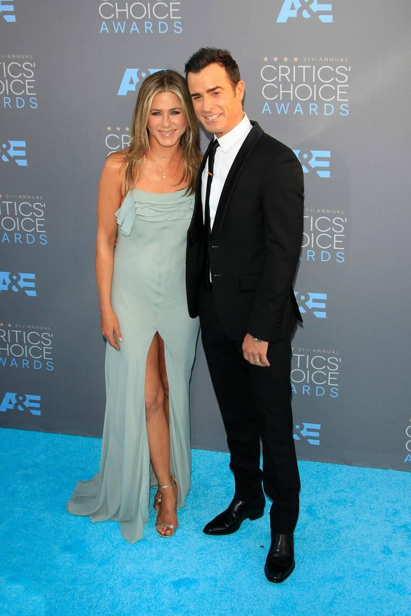 epa05107920 US actress Jennifer Aniston and her husband US actor Justin Theroux arrive for the 21st Annual Critics' Choice Awards at Barker Hangar in Santa Monica, California, USA, 17 January 2016.  EPA/NINA PROMMER