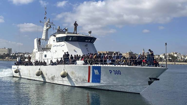 An image that illustrates this article Number of migrants stopped by Libyan coastguards trebles in a year
