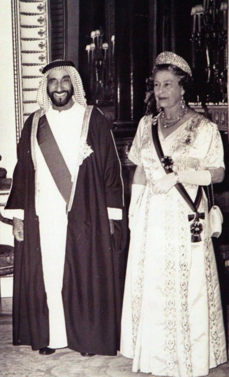Abu Dhabi, UAE - June 24, 2008 - The late Shaikh Zayed bin Sultan Al Nahyan, the Ruler of Abu Dhabi from 1966 to 2004 and the First President of the U.A.E. from 1971 to 2004, on a visit to England in 1989, with U.K. Queen Elizabeth II. Courtesy Center for Documentation and Research *** Local Caption ***  025NH Center for Research.jpg025NH Center for Research.jpg