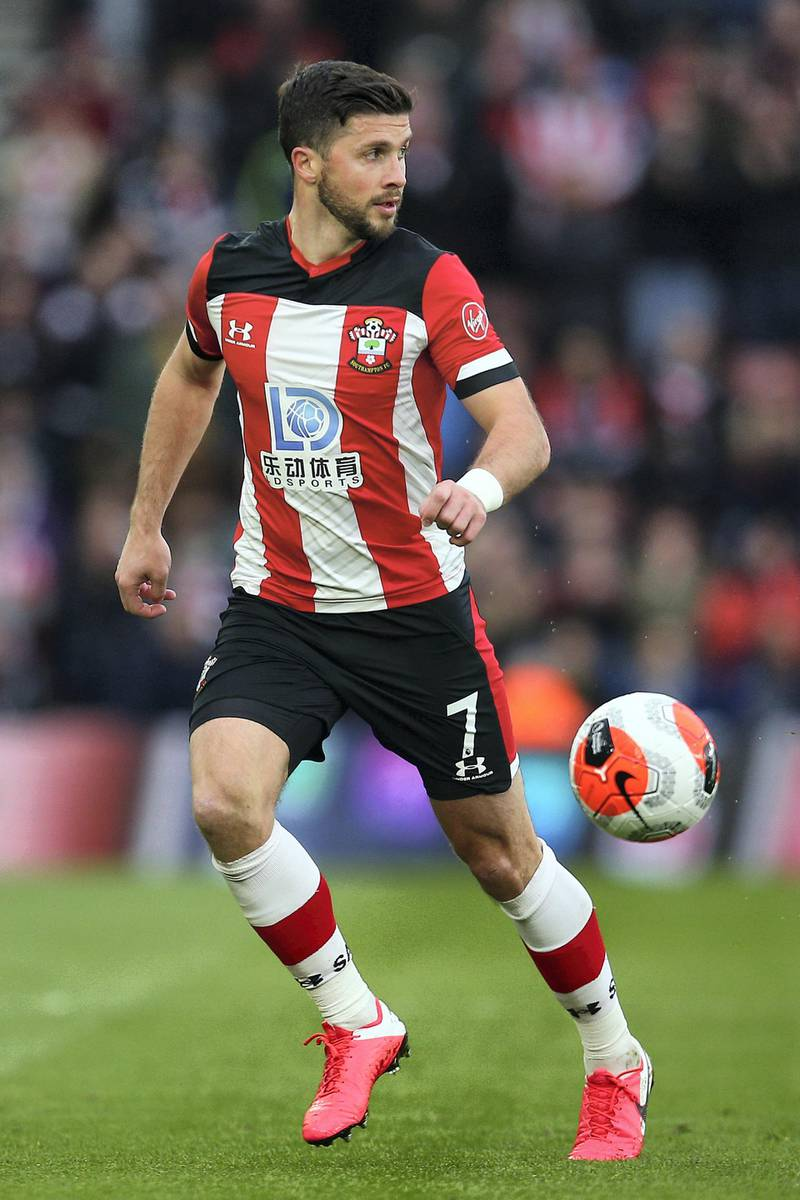 SOUTHAMPTON, ENGLAND - FEBRUARY 22: Southampton's Shane Long attacks during the Premier League match between Southampton FC and Aston Villa at St Mary's Stadium on February 22, 2020 in Southampton, United Kingdom. (Photo by Charlie Crowhurst/Getty Images)