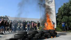 Protests in Spain as Nissan to close factory with 3,000 job losses