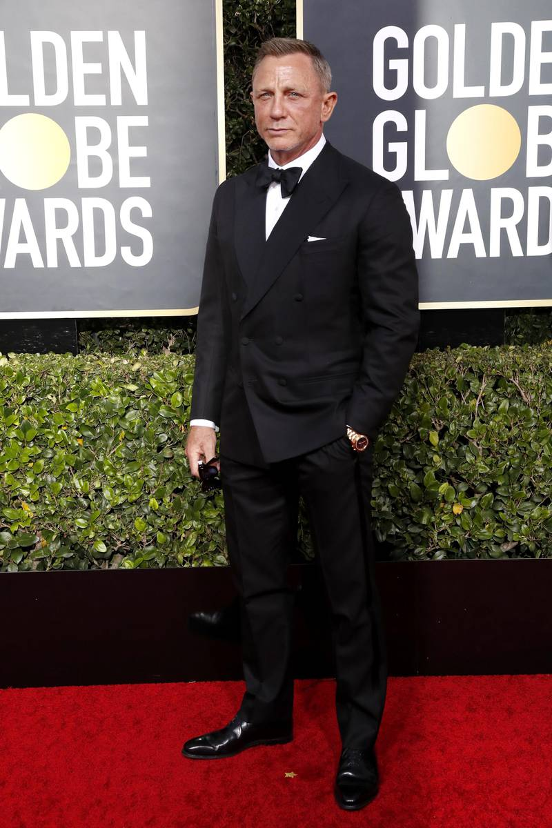 epa08105776 Daniel Craig arrives for the 77th annual Golden Globe Awards ceremony at the Beverly Hilton Hotel, in Beverly Hills, California, USA, 05 January 2020.  EPA-EFE/NINA PROMMER