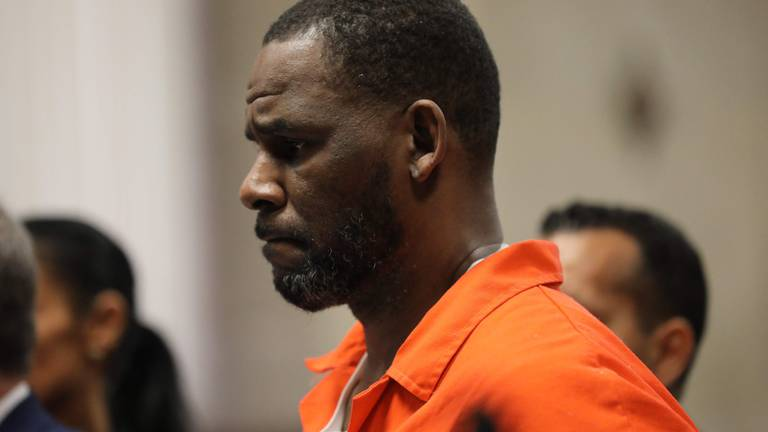 An image that illustrates this article Musician R Kelly convicted in sex trafficking trial