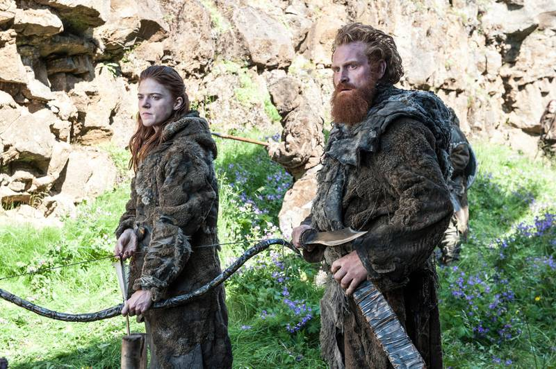 """A handout photo of Rose Leslie as Ygritte and Kristofer Hivju as Tormund  in season 4 of """"Game of Thrones"""" (Courtesy: OSN)"""