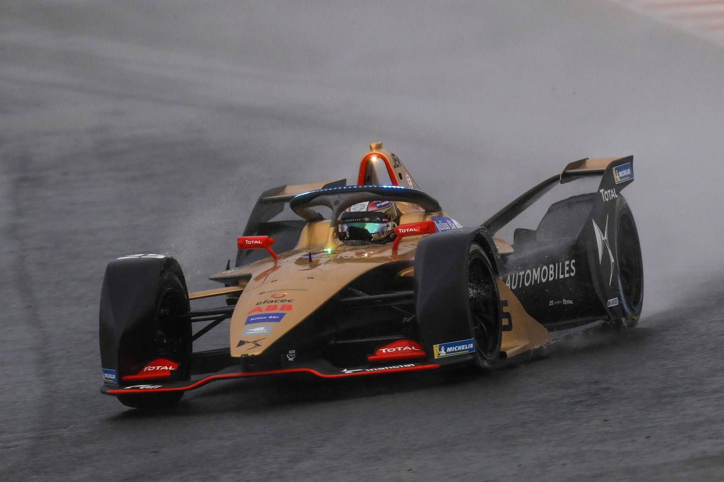 Jean-Eric Vergne (FRA), DS TECHEETAH, DS E-Tense FE19 with the new hyper boost LED lights on the halo