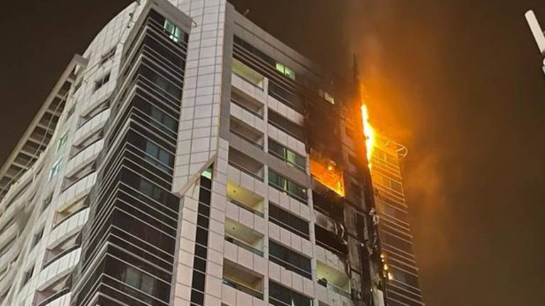 An image that illustrates this article Dubai Marina fire: No injuries after early morning tower blaze