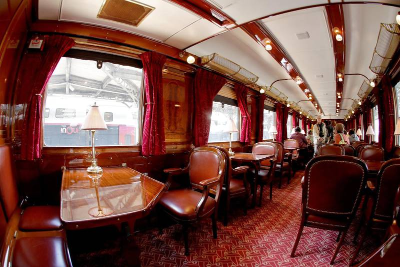 """A picture taken on September 15, 2018 shows the restaurant coach """"Riviera"""" of the legendary train """"Orient Express"""" in Paris during the European Heritage Day. (Photo by FRANCOIS GUILLOT / AFP)"""