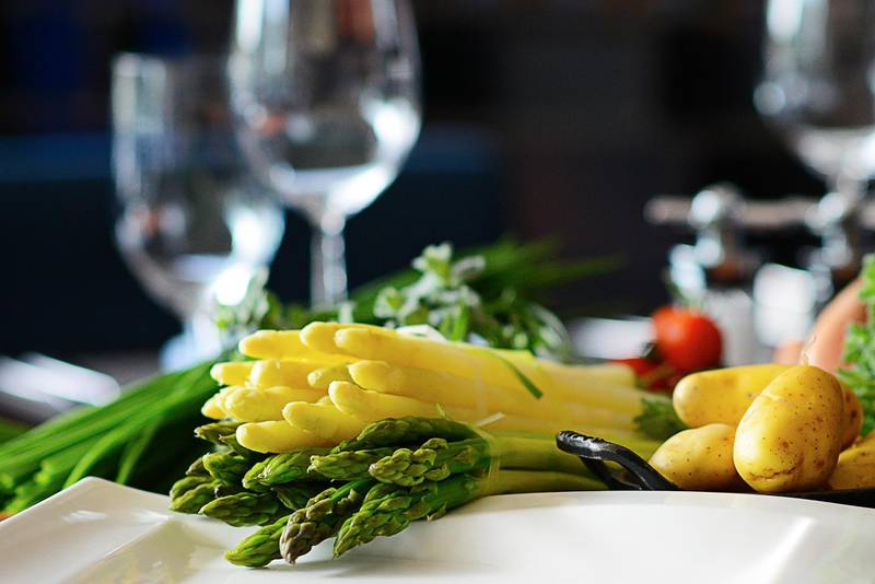 A handout photo of asparagus at The Blue Grill at Yas Island Rotana (Courtesy: Yas Island Rotana) NOTE: For Stacie Johnson's crown for Arts & Life *** Local Caption ***  stacie-crowns-al01.jpg