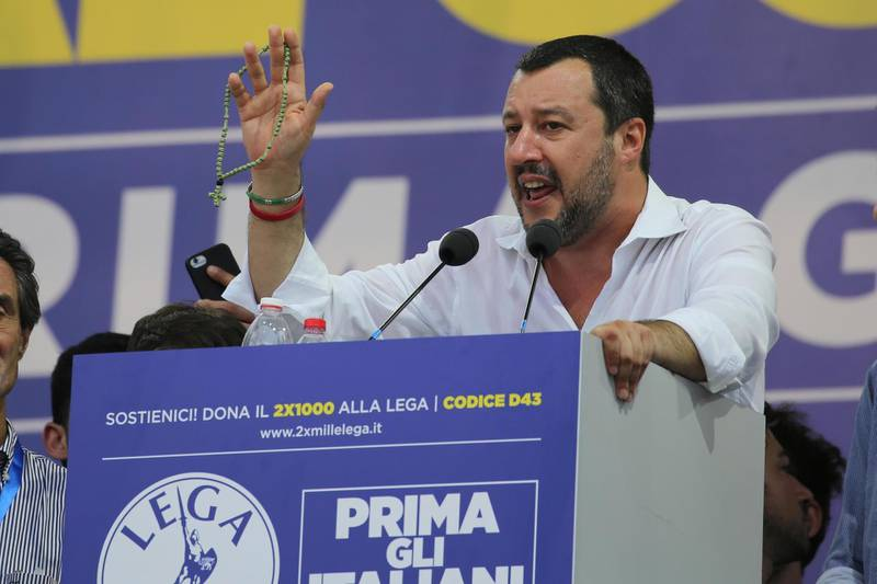 epa06855841 Italian 'Lega Nord' party leader Matteo Salvini delivers a speech during the yearly meeting of the party in Pontida, Bergamo district, Italy, 01 July 2018. ANSA/  EPA/GIANPAOLO MAGNI