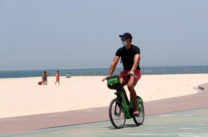 Dubai, United Arab Emirates - Reporter: N/A: News. Kite beach in Jumeriah as beaches in Dubai re open. Friday, May 29th, 2020. Dubai. Chris Whiteoak / The National
